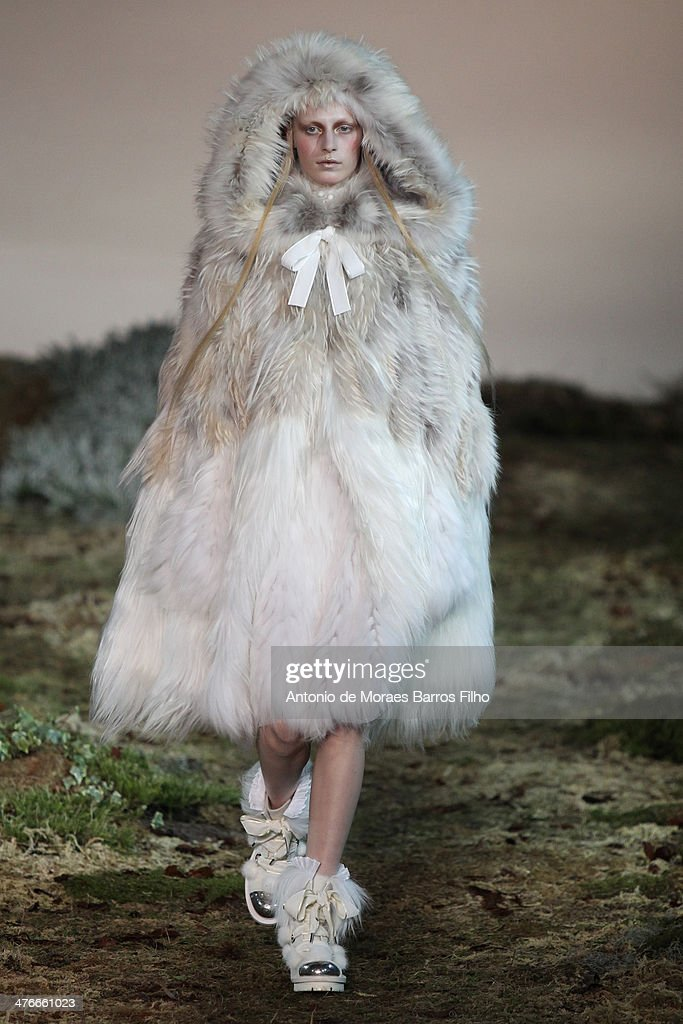 A model walks the runway during the Alexander McQueen show as part of the Paris Fashion Week Womenswear Fall/Winter 2014-2015 on March 4, 2014 in Paris, France.
