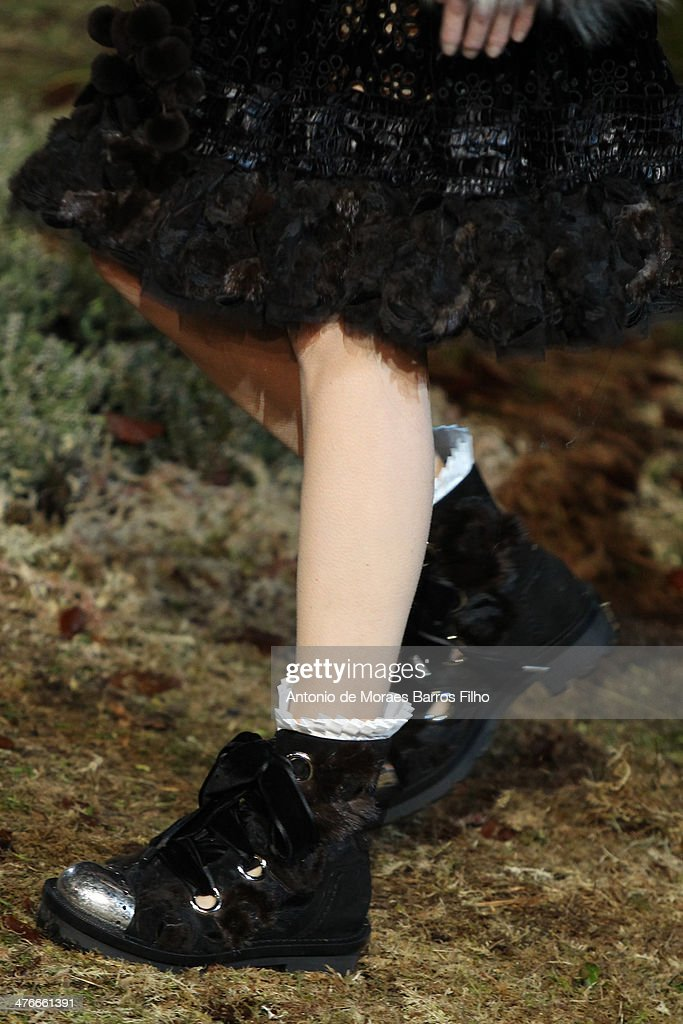 A model walks the runway (detail) during the Alexander McQueen show as part of the Paris Fashion Week Womenswear Fall/Winter 2014-2015 on March 4, 2014 in Paris, France.
