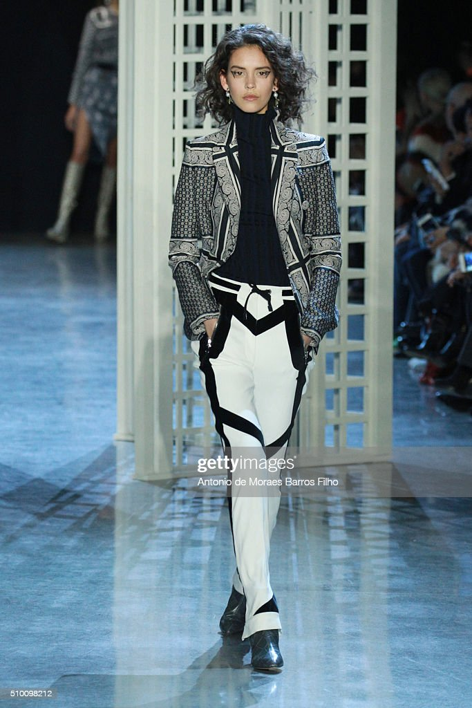 A model walks the runway during the Altuzarra show as a part of Fall 2016 New York Fashion Week at on February 13, 2016 in New York City.