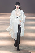 Ann Demeulemeester : Runway - Paris Fashion Week -...
