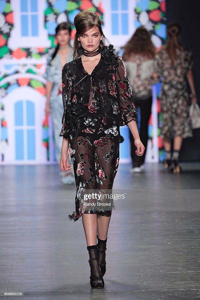 A model walks the runway during the Anna Sui September 2016 New York Fashion Week: The Shows Spring 2017 season at The Arc, Skylight at Moynihan Station on September 14, 2016 in New York City.