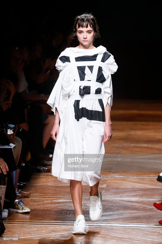 model-walks-the-runway-during-the-anrealage-show-at-musee-des-beaux-picture-id854271888