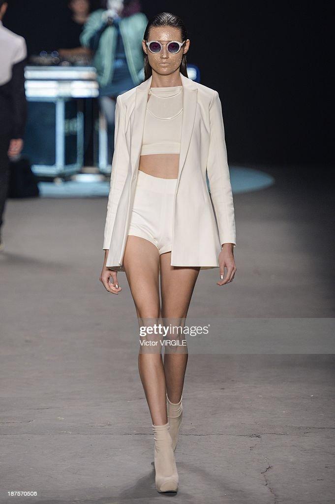 A model walks the runway during the Auslander show as part of the Rio de Janeiro Fashion Week Fall/Winter 2014 on November 9, 2013 in Rio de Janeiro, Brazil.