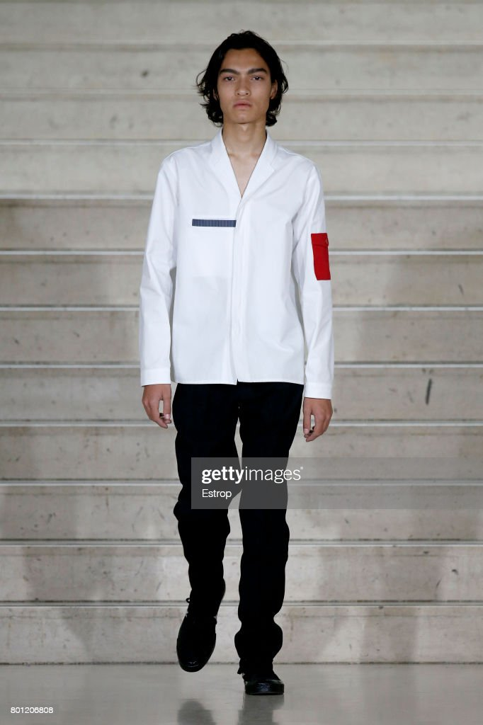 model-walks-the-runway-during-the-avoc-menswear-springsummer-2018-as-picture-id801206808