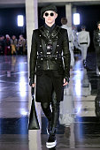 Balmain Homme : Runway - Paris Fashion Week - Menswear...