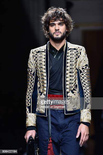 A model walks the runway during the Balmain Menswear Fall/Winter 20162017 show as part of Paris Fashion Week on January 23 2016 in Paris France