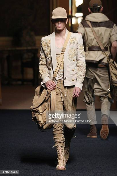 A model walks the runway during the Balmain Menswear Spring/Summer 2016 show as part of Paris Fashion Week on June 27 2015 in Paris France