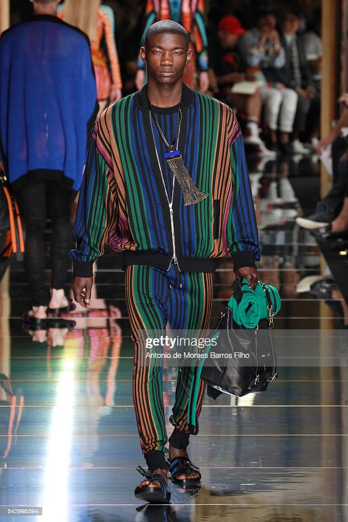 A model walks the runway during the Balmain Menswear Spring/Summer 2017 show as part of Paris Fashion Week on June 25, 2016 in Paris, France.