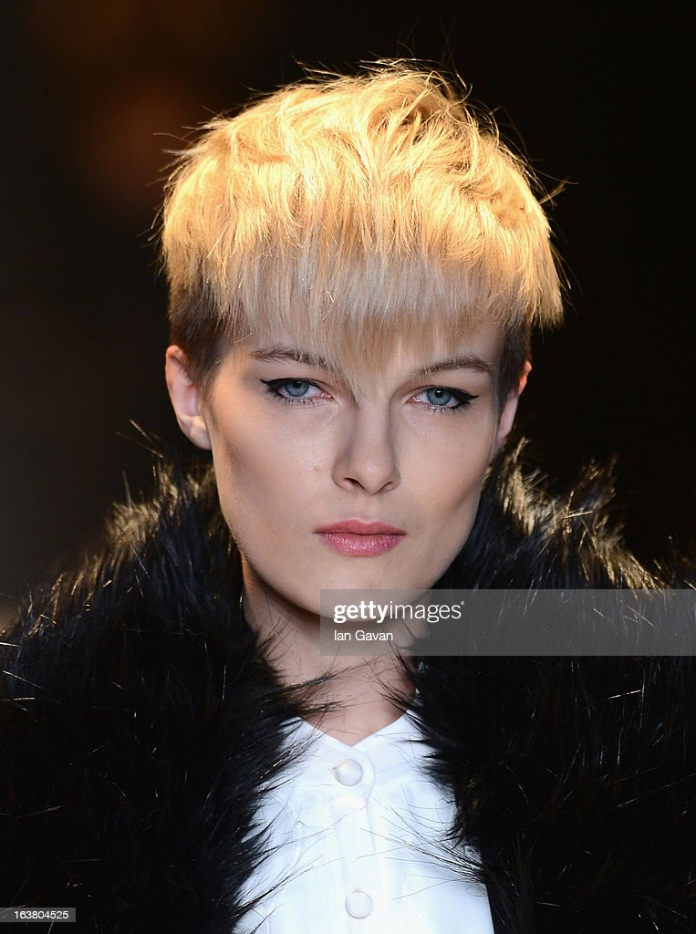 A model walks the runway during the Best of Mercedes-Benz Fashion Week Istanbul Fall/Winter 2013/14 at Antrepo 3 on March 16, 2013 in Istanbul, Turkey.