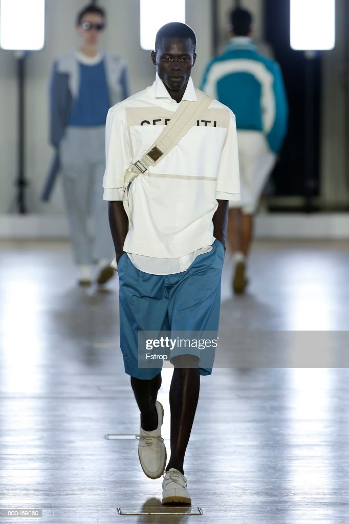 model-walks-the-runway-during-the-cerruti-menswear-springsummer-2018-picture-id800469260