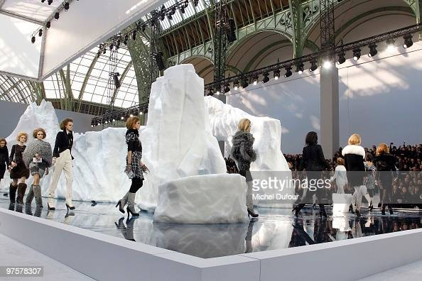 A model walks the runway during the Chanel Ready to Wear show as part of the Paris Womenswear Fashion Week Fall/Winter 2011 at Grand Palais on March...