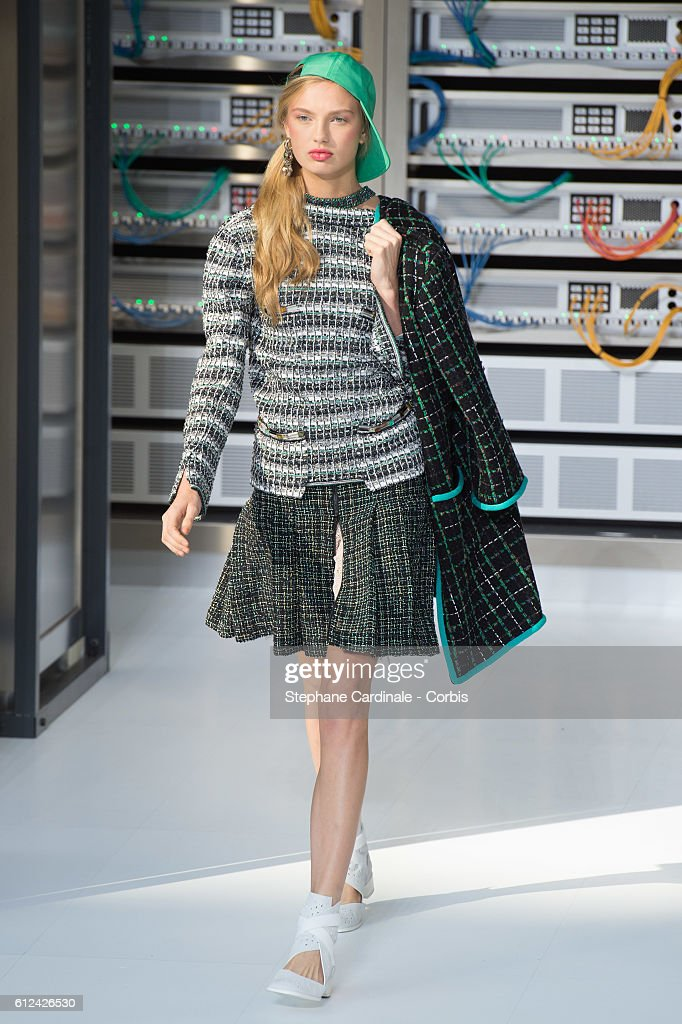 model-walks-the-runway-during-the-chanel-show-as-part-of-the-paris-picture-id612426530