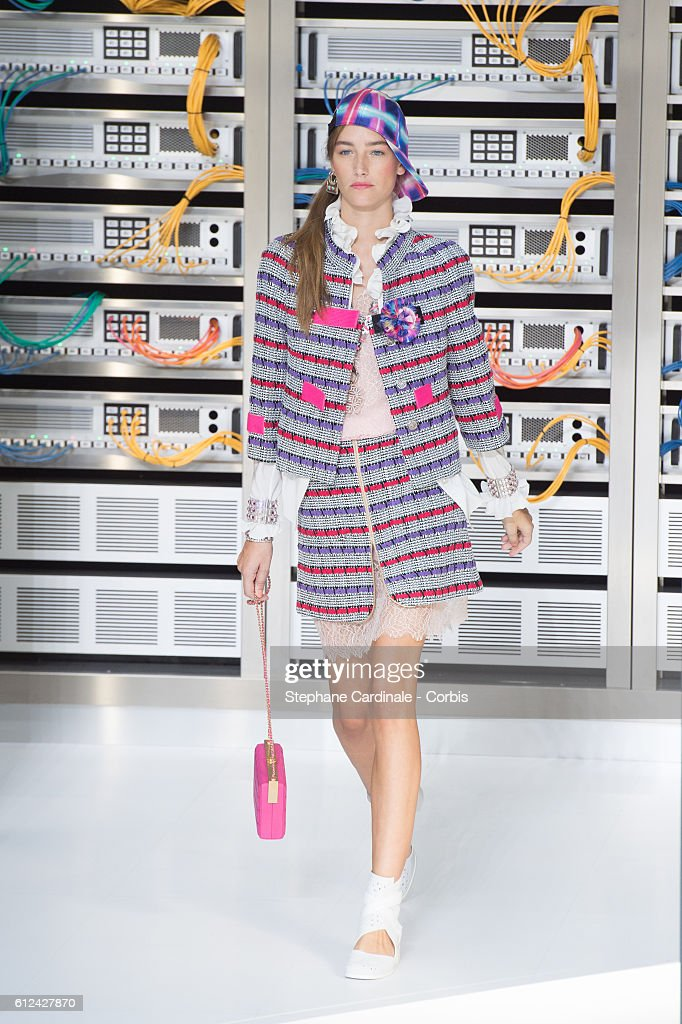 model-walks-the-runway-during-the-chanel-show-as-part-of-the-paris-picture-id612427870