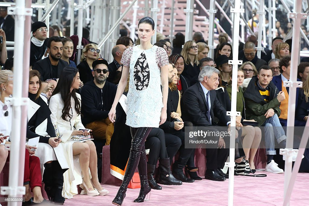 Runway paris fashion week haute couture s s 2015 for Couture france