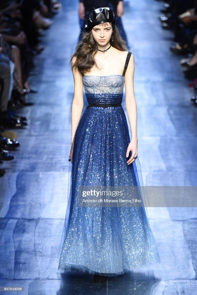 Paris fashion week 2018 dresses
