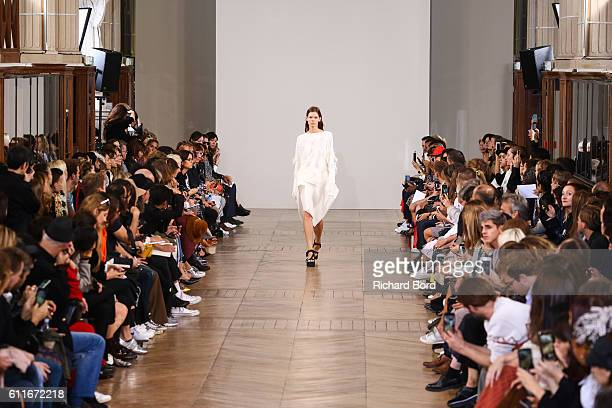 A model walks the runway during the Christian Wijnants show as part of the Paris Fashion Week Womenswear Spring/Summer 2017 on September 30 2016 in...