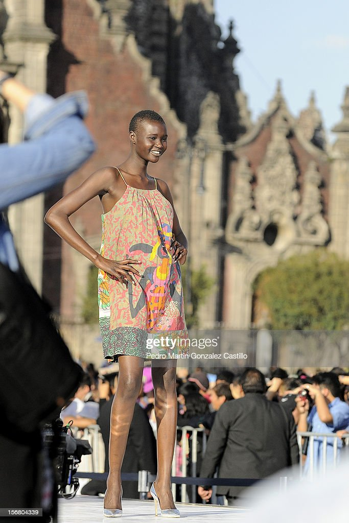 Model walks the runway during the collection Spring/Summer 2013 on November 16 in Mexico City, Mexico.