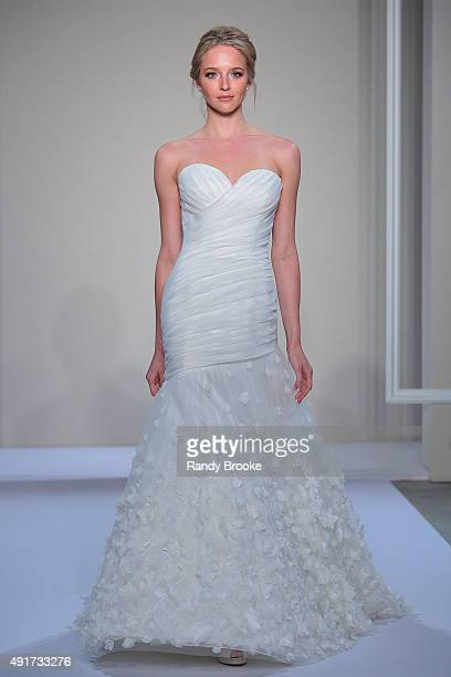 Dennis Basso For Kleinfeld Bridal Stock Photos and Pictures | Getty ...
