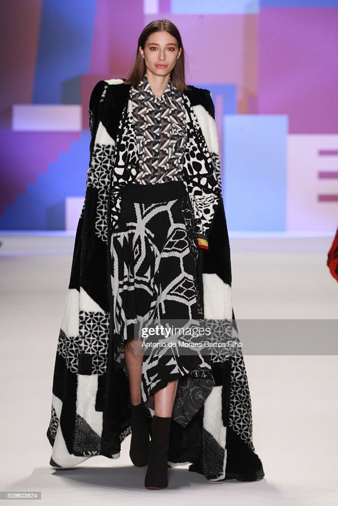 A model walks the runway during the Desigual show as a part of Fall 2016 New York Fashion Week> at The Arc, Skylight at Moynihan Station on February 11, 2016 in New York City.