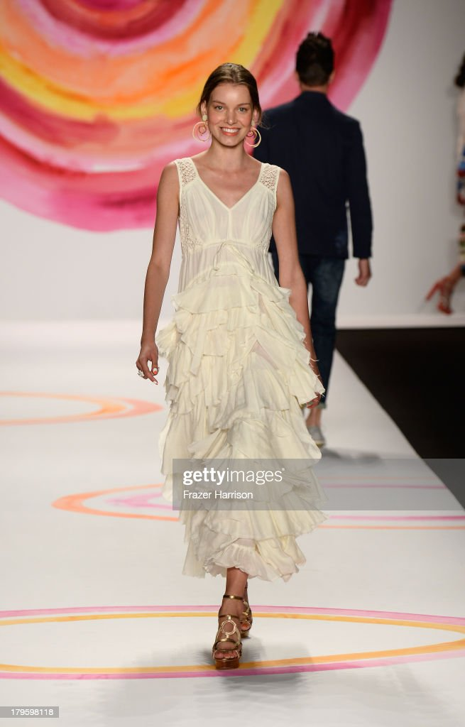 A model walks the runway during the Desigual Spring 2014 fashion show at Mercedes-Benz Fashion Week Spring 2014 - Official Coverage - Best Of Runway Day 1 on September 5, 2013 in New York City.