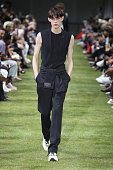 Dior Homme : Runway - Paris Fashion Week - Menswear...