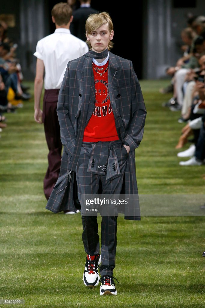 model-walks-the-runway-during-the-dior-homme-menswear-springsummer-picture-id801292994