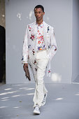 Dior Homme : Runway - Paris Fashion Week - Menswear...