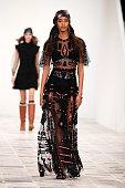 Dior : Runway - Paris Fashion Week Womenswear...