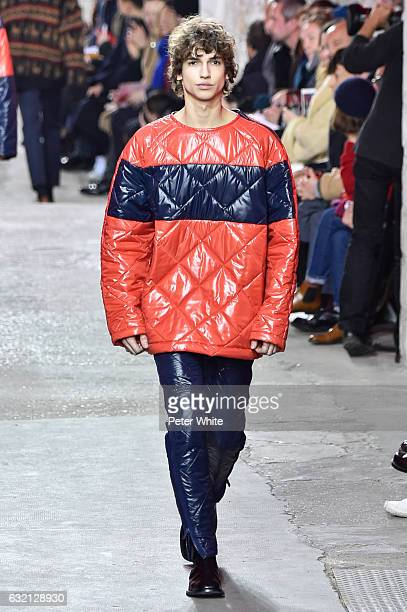 A model walks the runway during the Dries Van Noten Menswear Fall/Winter 20172018 show as part of Paris Fashion Week on January 19 2017 in Paris...