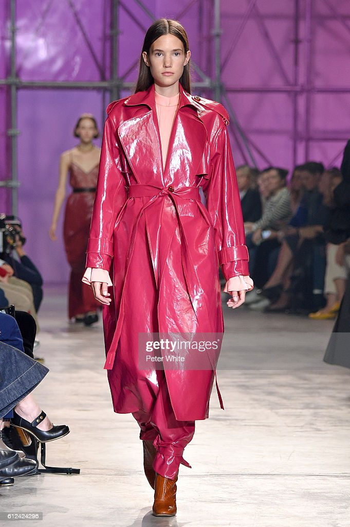 model-walks-the-runway-during-the-ellery-show-as-part-of-the-paris-picture-id612424296