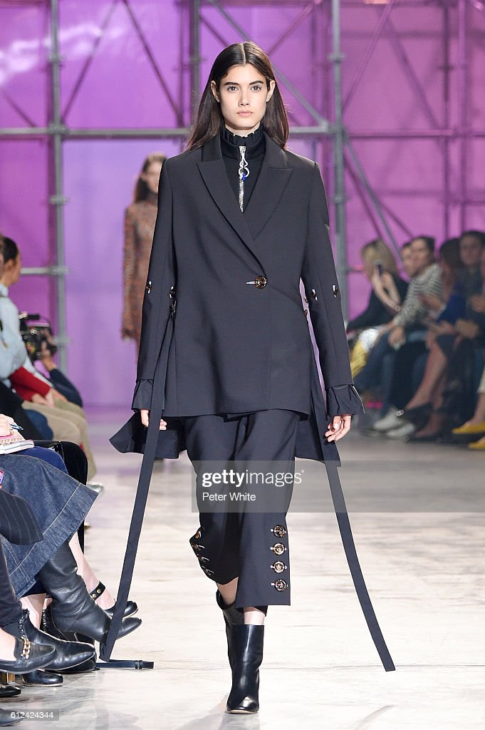 model-walks-the-runway-during-the-ellery-show-as-part-of-the-paris-picture-id612424344