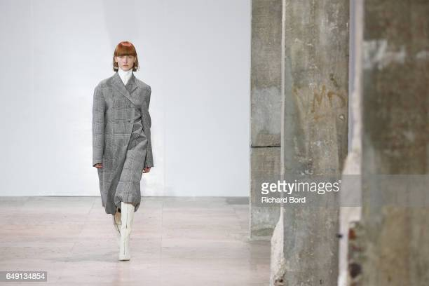 A model walks the runway during the Ellery show at Palais de Tokyo during Paris Fashion Week Womenswear Fall/Winter 2017/2018 on March 7 2017 in...