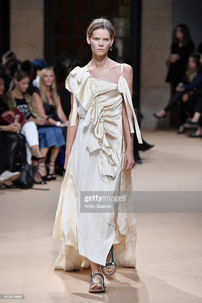 model-walks-the-runway-during-the-esteban-cortazar-show-as-part-of-picture-id612314860