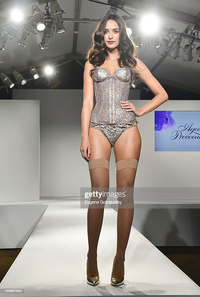 A model walks the runway during the Fashion Showcase at the Vera Launch at Ambassadors River View at the United Nations on January 24, 2013 in New York City.