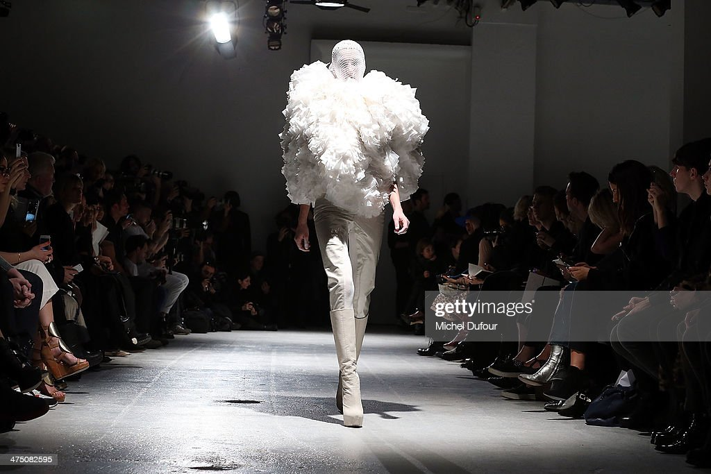 A model walks the runway during the Gareth Pugh show as part of the Paris Fashion Week Womenswear Fall/Winter 2014-2015 on February 26, 2014 in Paris, France.