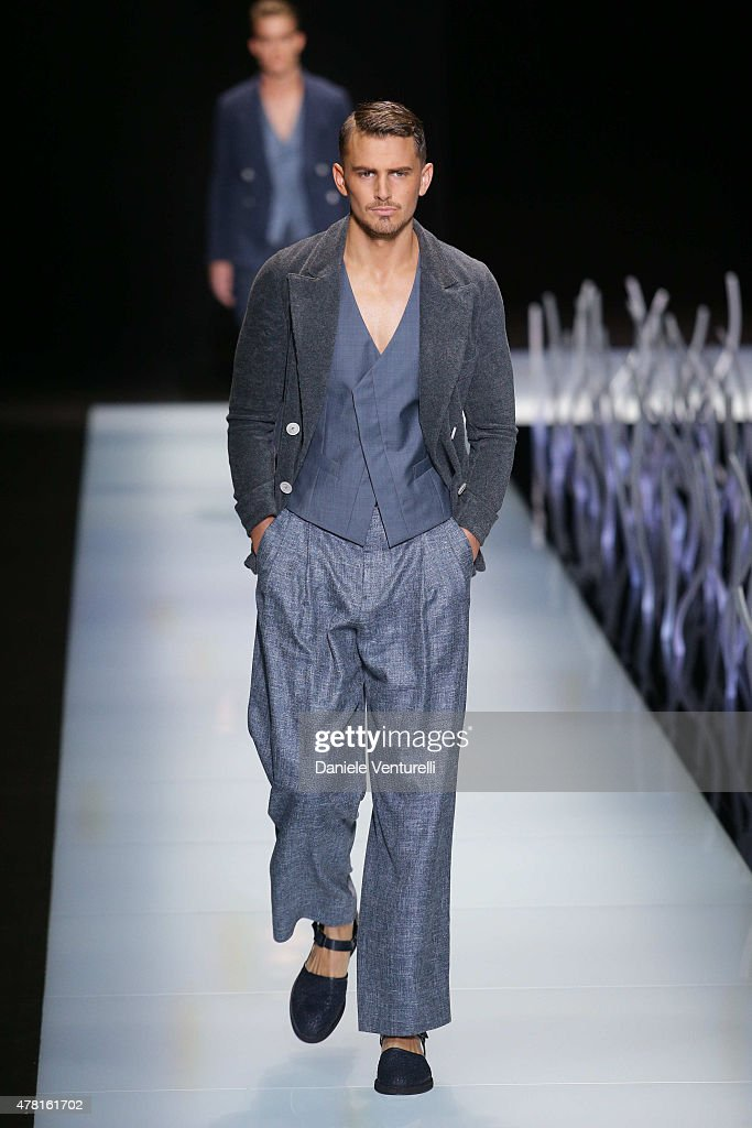 impact of giorgio armani on fashion Fashion articles and events about giorgio armani the jewelry and ready-to-wear brand founded by tokyo-based life and business partners yoon and young-kee yu has evolved into a fixture of.