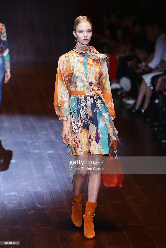Gucci runway milan fashion week womenswear spring for Gucci milan fashion week