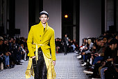 Haider Ackermann : Runway - Paris Fashion Week -...