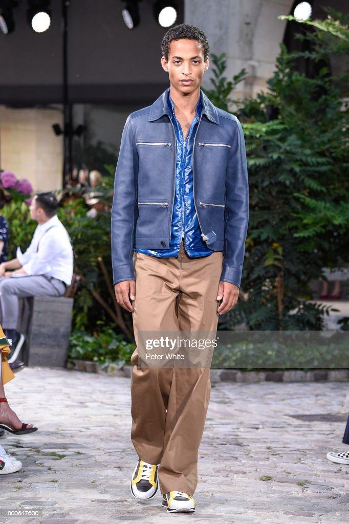 model-walks-the-runway-during-the-hermes-menswear-springsummer-2018-picture-id800647600