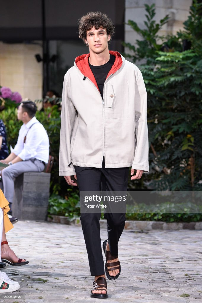model-walks-the-runway-during-the-hermes-menswear-springsummer-2018-picture-id800648232