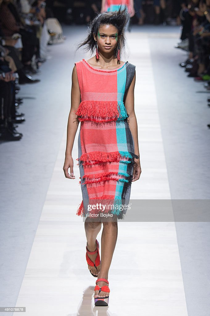 A model walks the runway during the Issey Miyake show as part of the Paris Fashion Week Womenswear Spring/Summer 2016 on October 2 2015 in Paris...