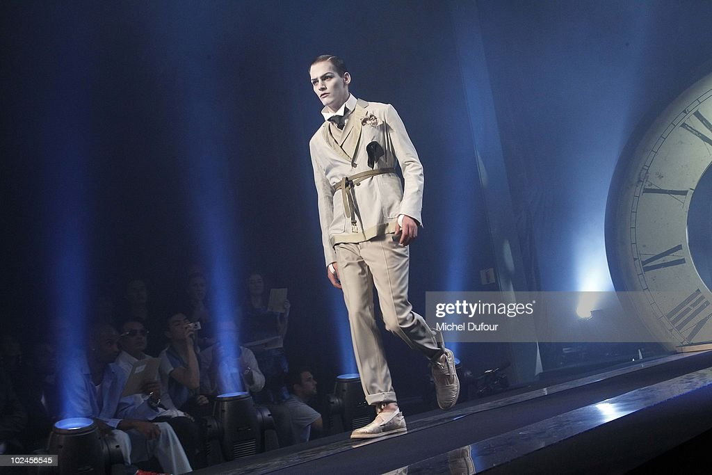 A model walks the runway during the John Galliano show as part of Paris Menswear Fashion Week Spring/Summer 2011 on June 25, 2010 in Paris, France.
