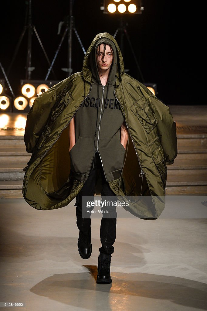 A model walks the runway during the Juun.J Menswear Spring/Summer 2017 show as part of Paris Fashion Week on June 24, 2016 in Paris, France.