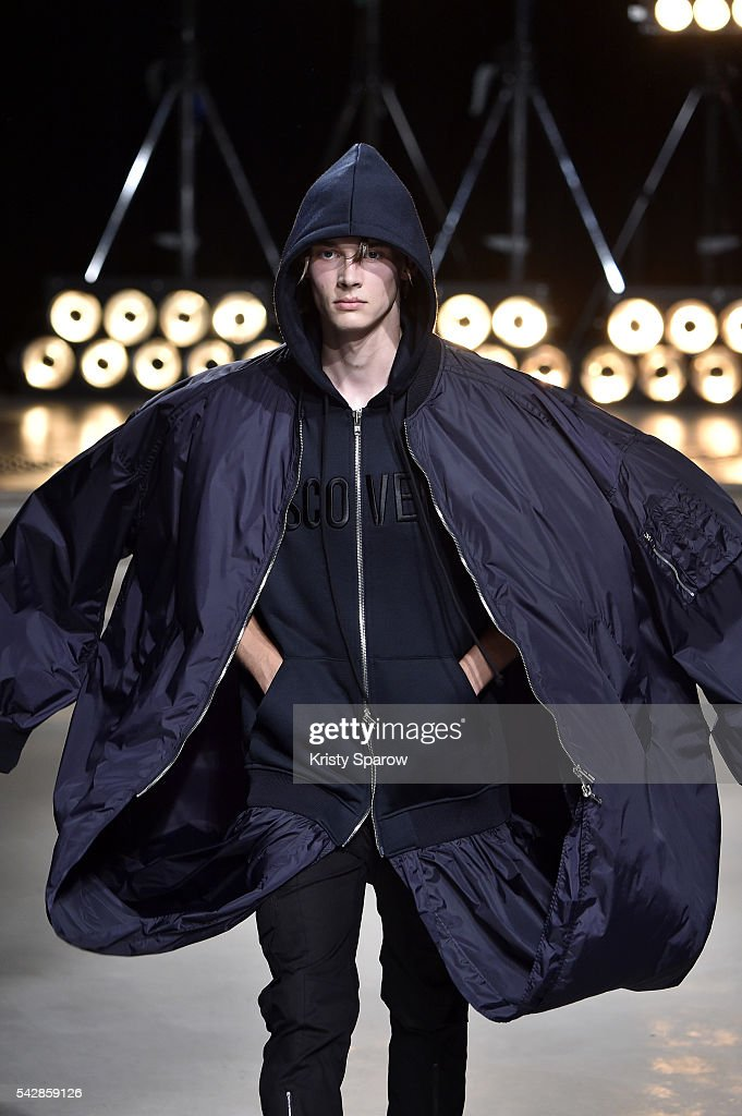 A model walks the runway during the Juun.J Menswear Spring/Summer 2017 show as part of Paris Fashion Week on June 24, 2016 in Paris, France.
