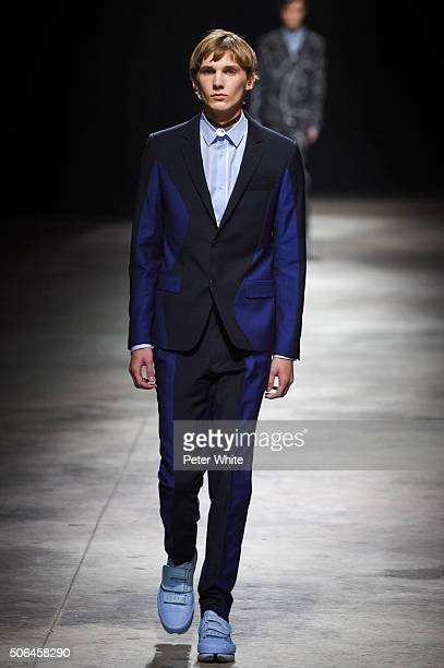 A model walks the runway during the Kenzo Menswear Fall/Winter 20162017 show as part of Paris Fashion Week on January 23 2016 in Paris France