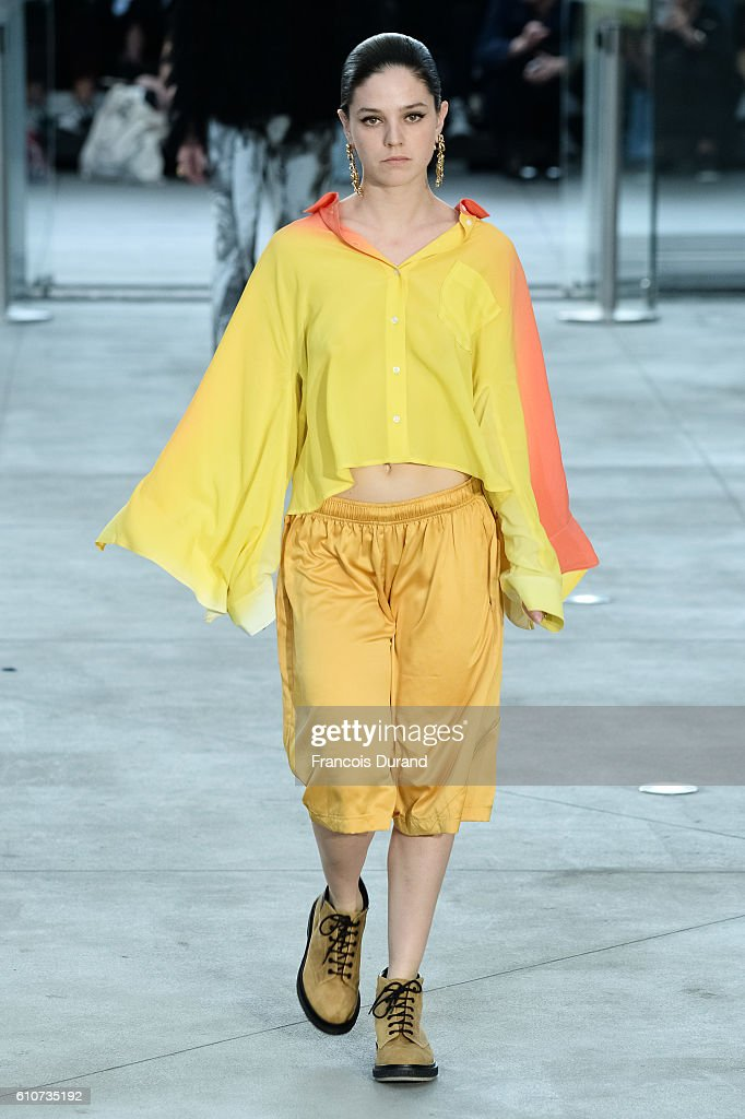 model-walks-the-runway-during-the-koche-show-as-part-of-the-paris-picture-id610735192