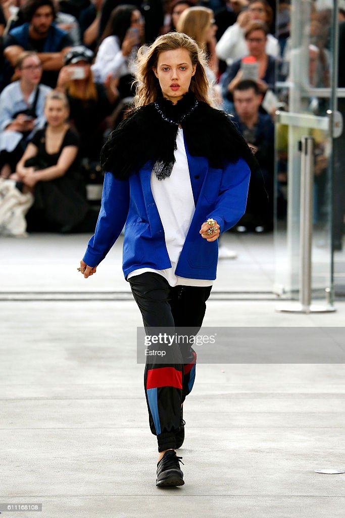 model-walks-the-runway-during-the-koche-show-as-part-of-the-paris-picture-id611168108