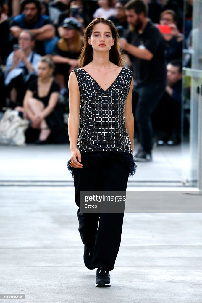 model-walks-the-runway-during-the-koche-show-as-part-of-the-paris-picture-id611168348
