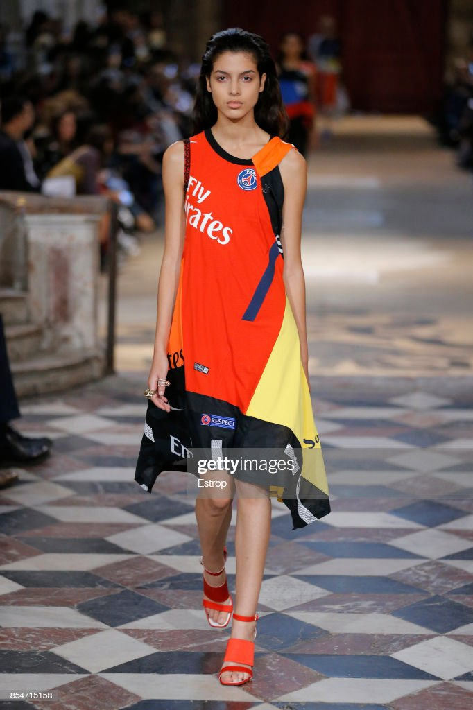 model-walks-the-runway-during-the-koche-show-as-part-of-the-paris-picture-id854715158