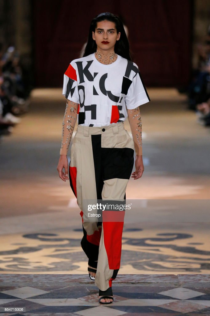 model-walks-the-runway-during-the-koche-show-as-part-of-the-paris-picture-id854715306